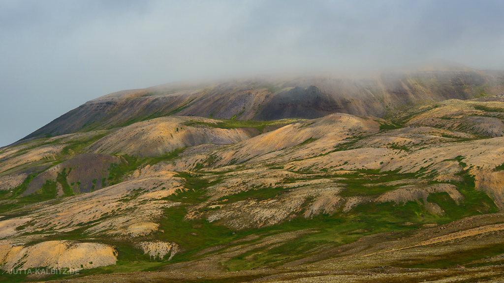 Liparitberge bei Bakkagerði