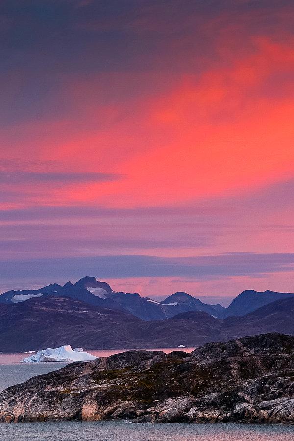 Mitternacht bei Sermiligaaq